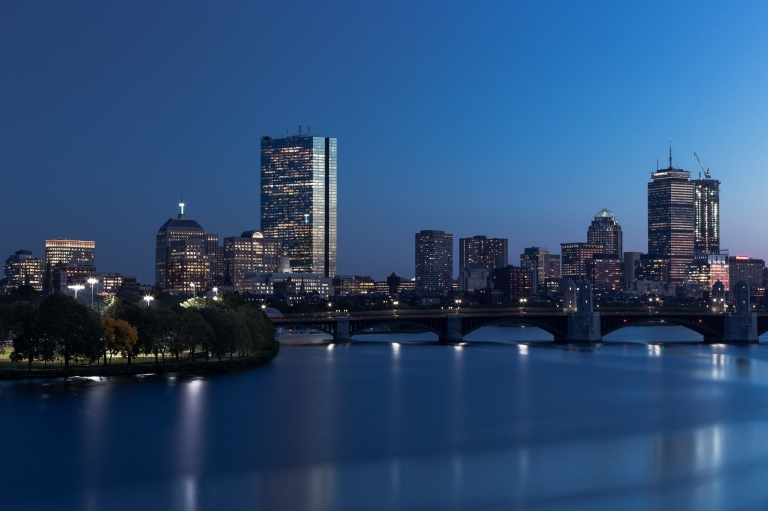 Boston-Night-min.jpg