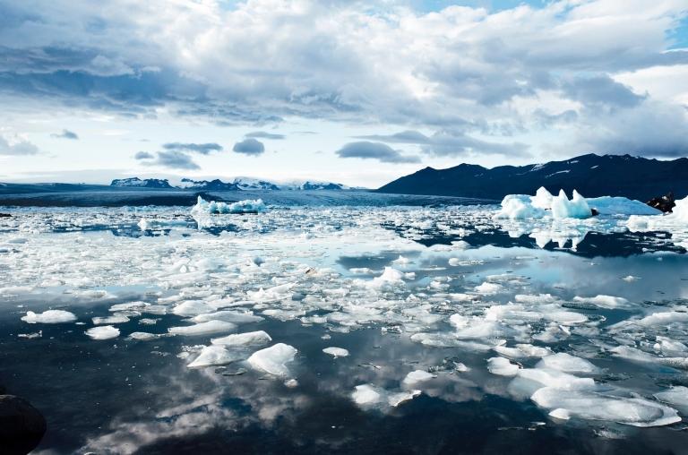 Glacier-min.jpg